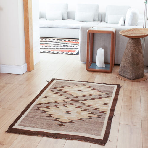 1936 Brown Rug Crystal Region