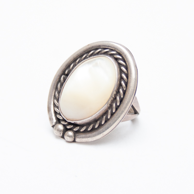 Vintage Mother-of-Pearl Ring
