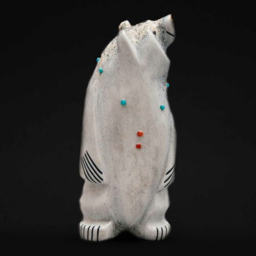 Claudia Peiña Happy Zuni Bear Carving